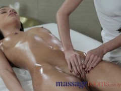 Picture Massage Rooms Adorable Young Girl 18+ with p...