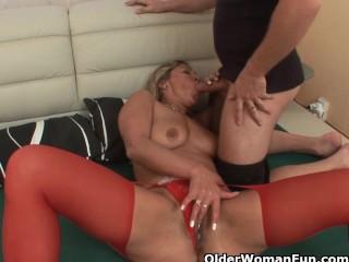 Erotic granny enjoys willy plus obtains banged