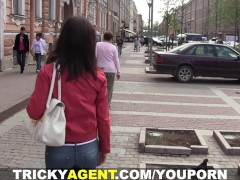Tricky Agent - Pursuing a...