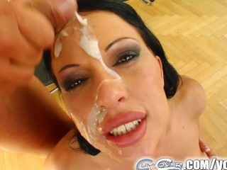 Cum For Cover Blistering hottie giving head to 5 guys