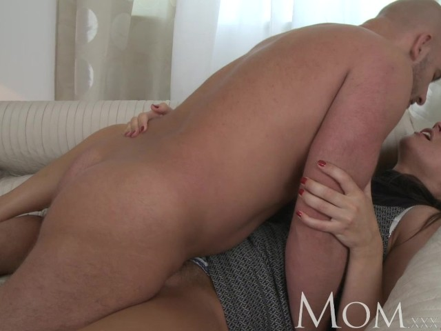 Mom Sophisticated Brunette With Hairy Pussy Swallows A -6147