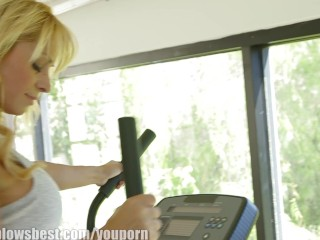 MommyBB Blonde Mature MILF fucked at the gym
