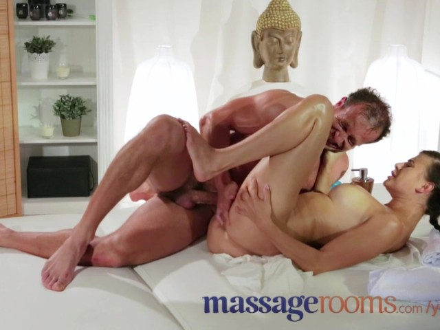 Massage Rooms Blonde Lesbian