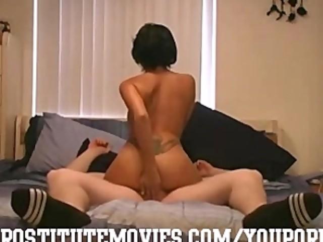 Amateur Latina Wife Swallow