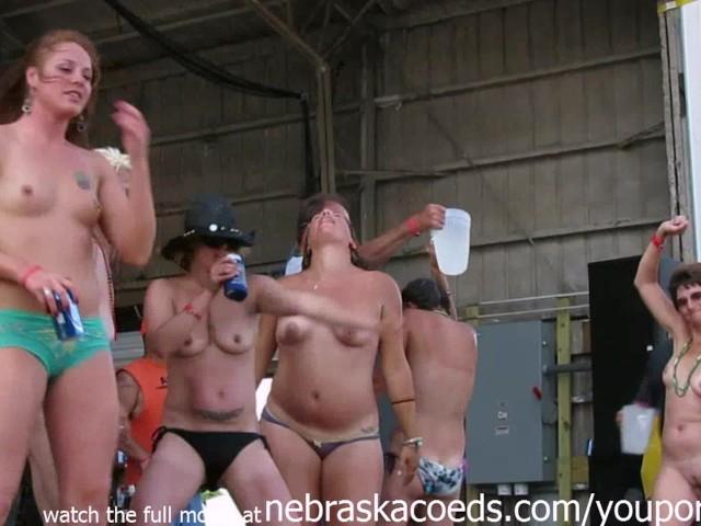 fully naked biker chics