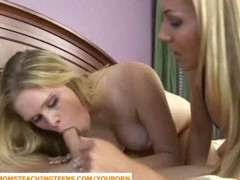Picture Blonde milf Lisa catching Sindee with her ma