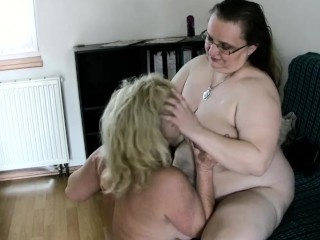 Mature granny and old granny are fat and have fun together