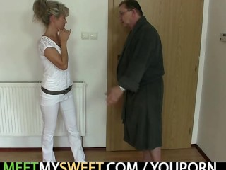 She bounces on his frail willy after cunnilingus
