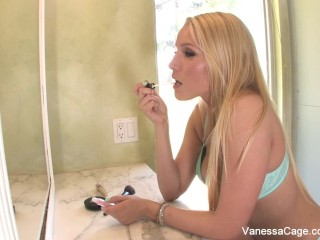 Cutie Vanessa rides her guy until he creams all over her butt