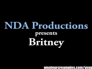 Britney gets filled up with cum on Amateur Creampies