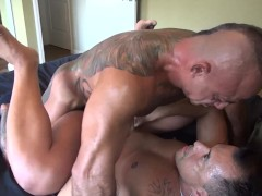 Picture Muscle Daddy Breeding his Cub - BareBackrt M...
