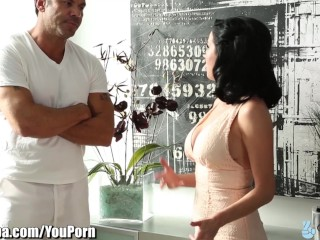 Mom tricks Step-Daughter into Blowing Masseur Cock