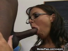 Picture Sex lesson from a bigtitted MILF