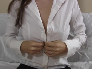 Girl teaches you all about her vulva with upskirt no panties demos