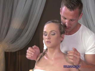 Massage Rooms Flexible blonde enjoys hard cock in her perfect pussy