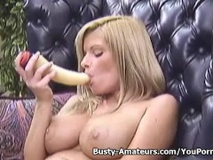Picture Busty Tera playing with dildo