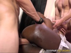Picture Skyler Nicole Gets Her Ass Drilled By White...
