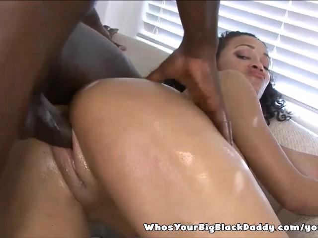 Black Boyfriend Eating Pussy