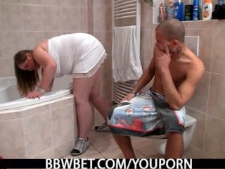Skinny guy fucks fat girl in the bathroom