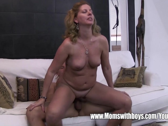 Step Mom Masturbating Son