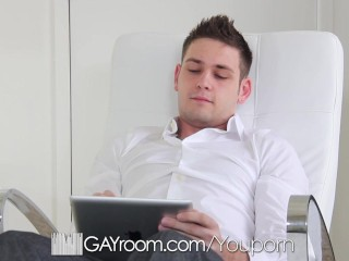 Hot as fuck Duncan Black fucked to orgasm by Bobby Hart