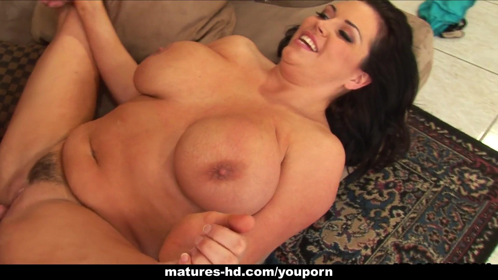 Sara jay huge tits oiled and fucked