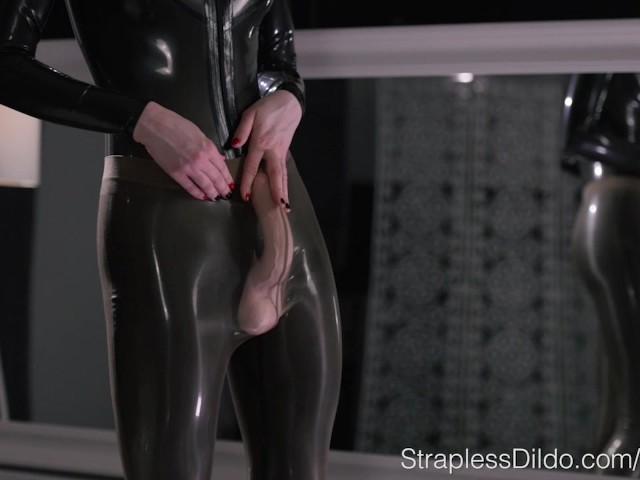 Latex Femdom Bondage Strapon