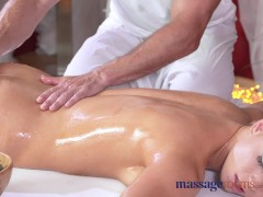 Picture Massage Rooms Redhead Young Girl 18+ beauty...
