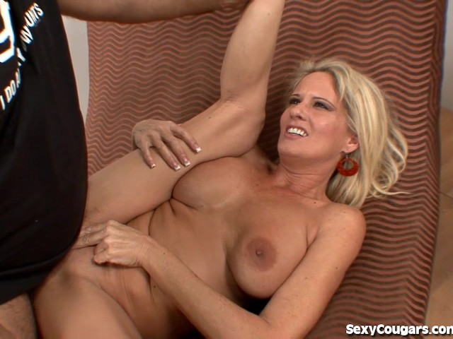 Hot Milf Gets Fucked By Ron Jeremy - Free Porn Videos -5710