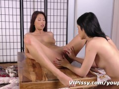 Picture First lesbian pee play for Young Girl 18+ ho...