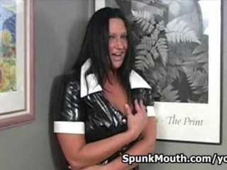 Pornstar guru Extreme Holly shows how to suck and fuck cock like a pro