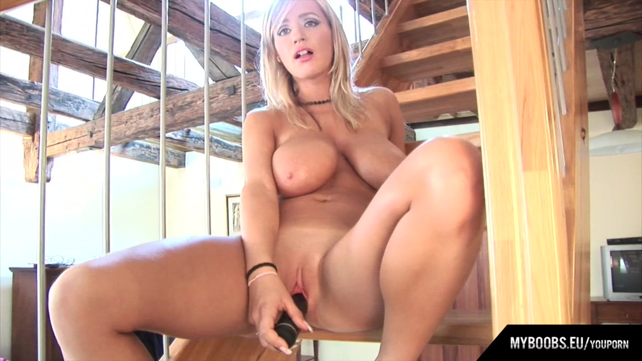 Wendy star fucked a big black cock free mobile