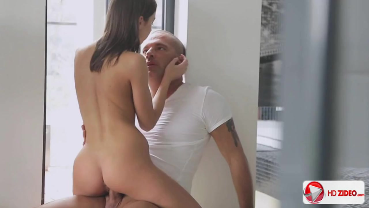 Showing porn images for foxy di blowjob porn