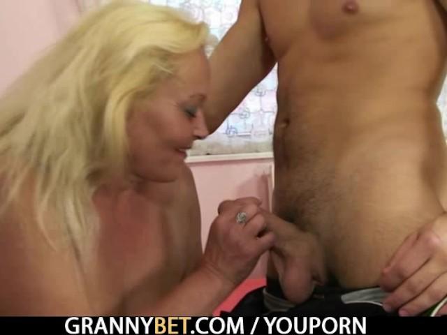 Amateur Teen Hairy Pussy
