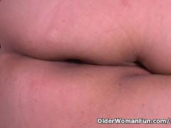 Picture What is granny Maribel hiding in her panties
