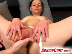 Picture Czech mature Renate gets horny during pussy...