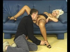 Picture Sucking off his hard stick - Julia Reaves