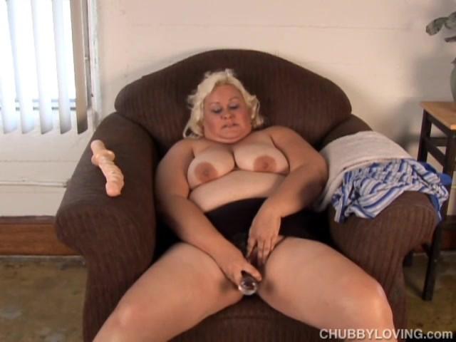 Blonde Milf Dildo Squirt