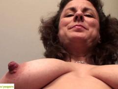 Picture Curvy Wife Gianna Jones Spreads Bush