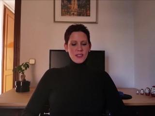 Hd/yanks/female director yanks discusses woman