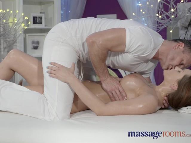 Massage Room Squirting Orgasm