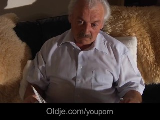 Grandpa Gustavo fuck 21 pussy with his 76 old cock