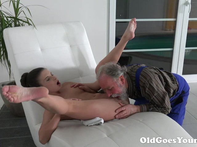 Old Man Is Very Grateful For Tight Teen Pussy - Free Porn -8089