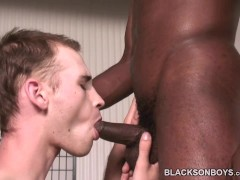 Picture Bareback addict white guy getting assfucked...
