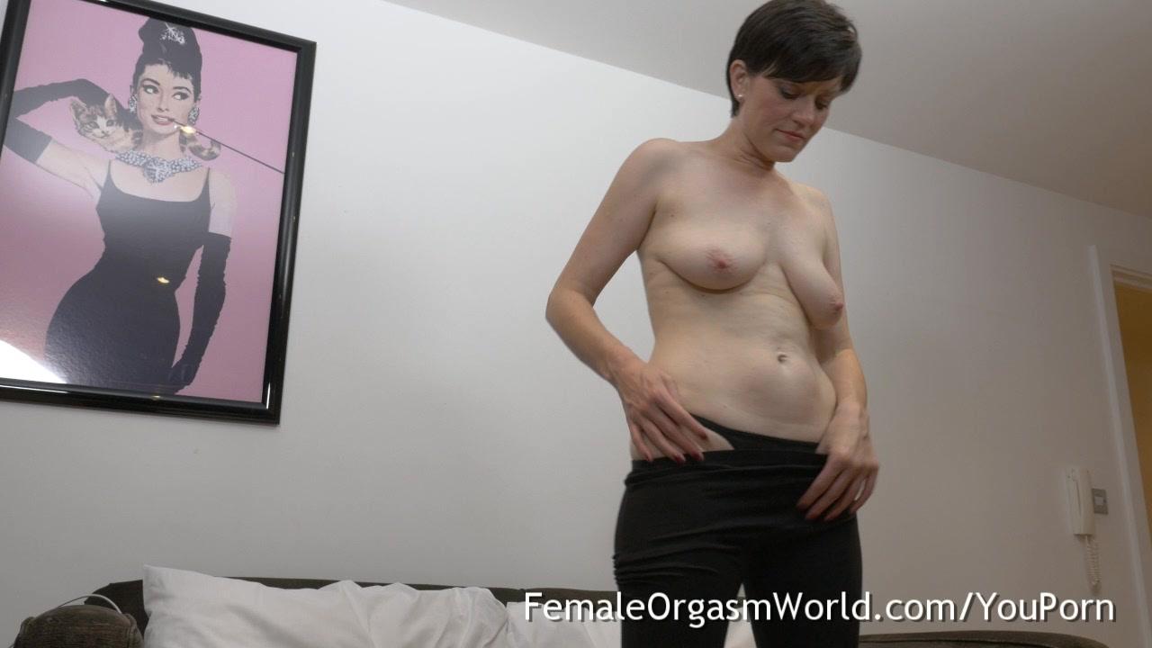 Milf anal threesome