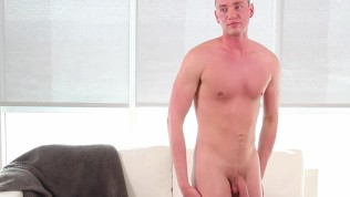 GayCastings – Perv Casting Agent Fucked Grayson Frost