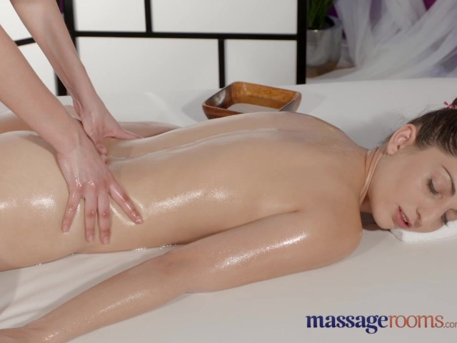 Blonde Big Boobs Massage Room