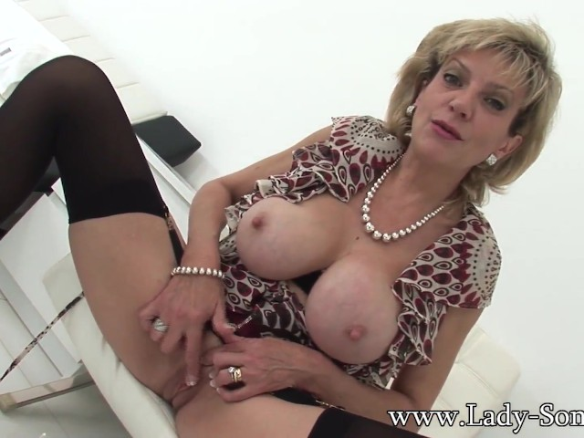 British Milf Lady Sonia