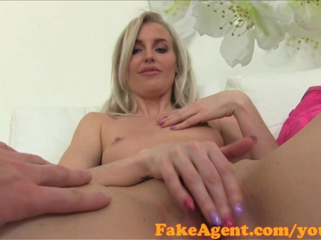 Fakeagent English Babe Fucks In Casting - Free Porn Videos -3418