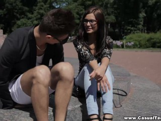 Casual Teen Sex - Casual hookup with nerdy slut